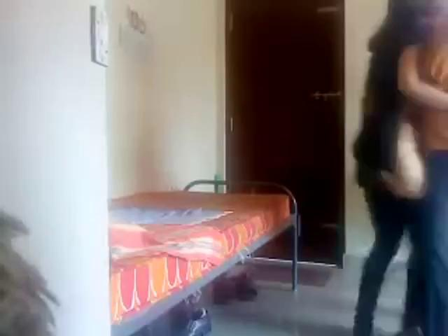 sri lankan couple fucking in the room after the college time